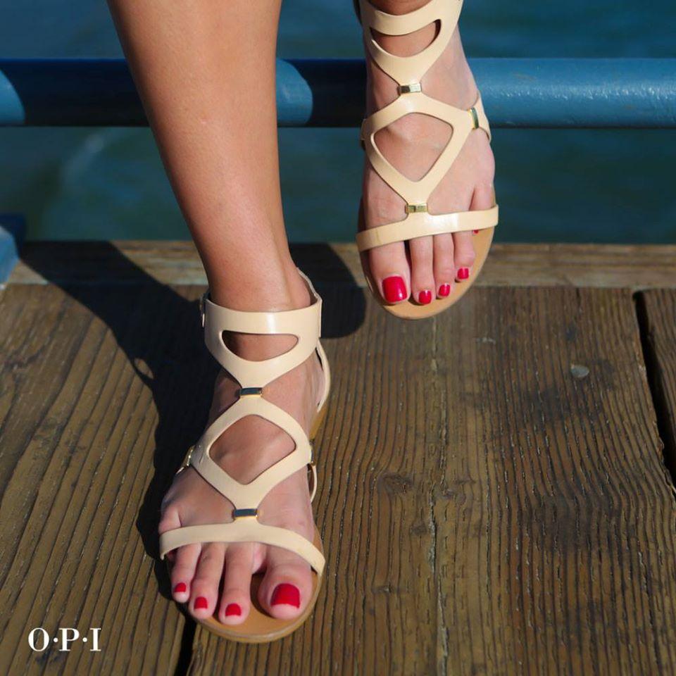 Beauté des pieds + pose vernis OPI